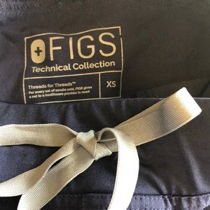 Figs Other - FIGS navy xs scrub set technical collection